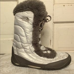 The North Face Nuptse Faux Fur IV Winter Boots